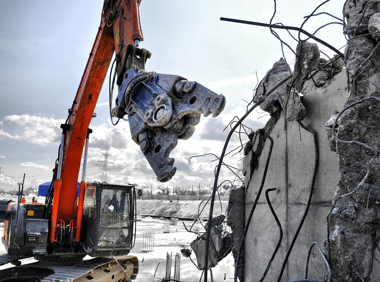 Демонтаж зданий и конструкций
